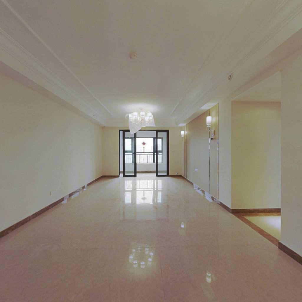整租·恒大中央广场二期 4室2厅 南