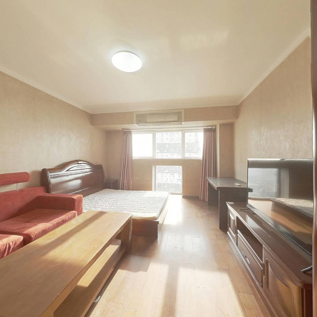 整租·设计师广场 1室1厅 西南卧室图