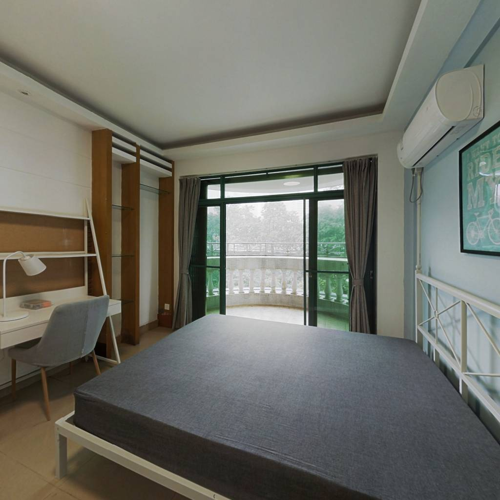 合租·云景花园云桦苑 4室1厅 北卧室图