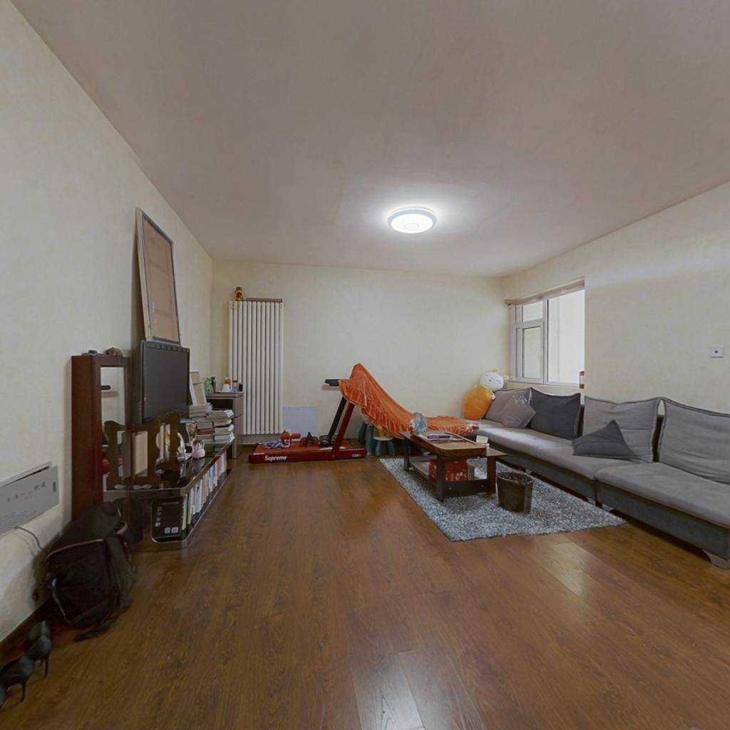 精装两室,两室朝南,经典户型,好楼层精装修