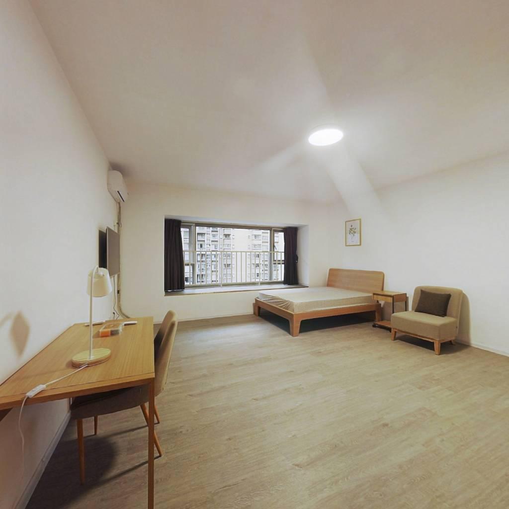 合租·南城都汇汇尚园 5室1厅 北卧室图