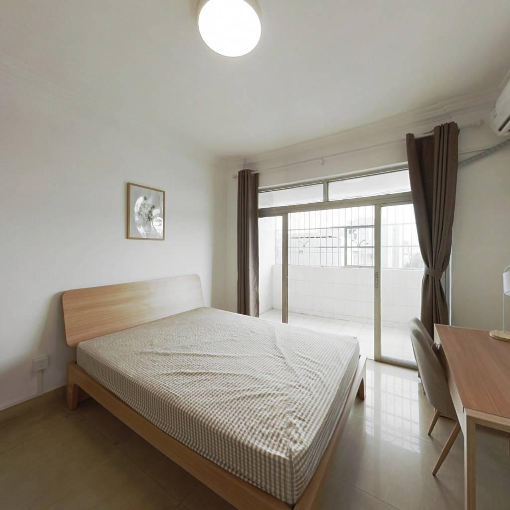 合租·鸿运花园 3室1厅 西卧室图