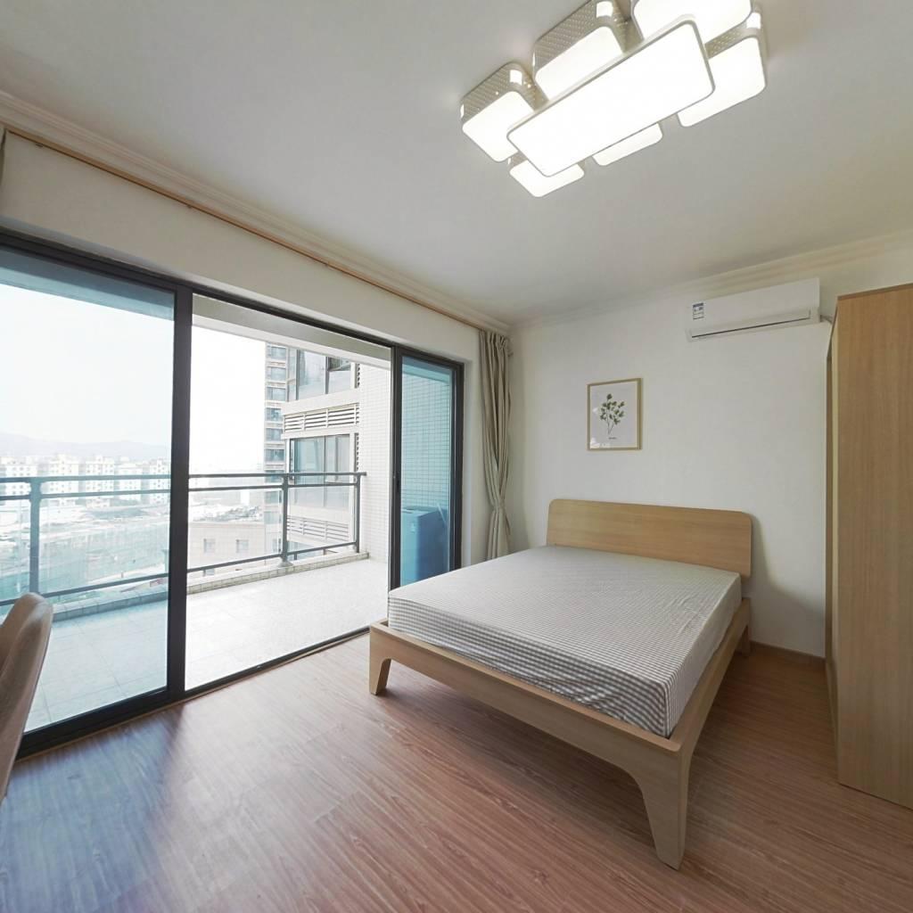 合租·深航幸福花园 5室1厅 东南卧室图