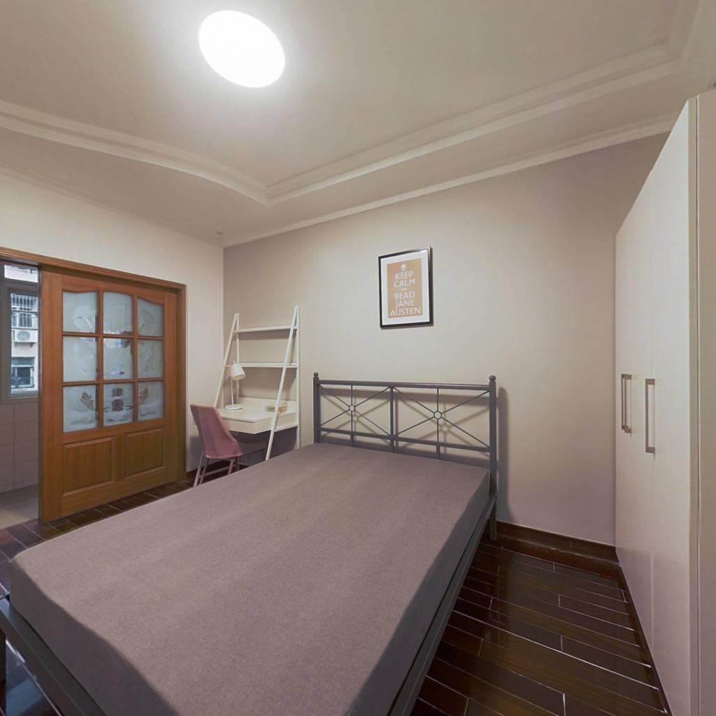 合租·白云亭小区 3室1厅 南卧室图