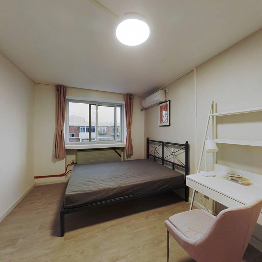 合租·凤园里 2室1厅 南卧室图