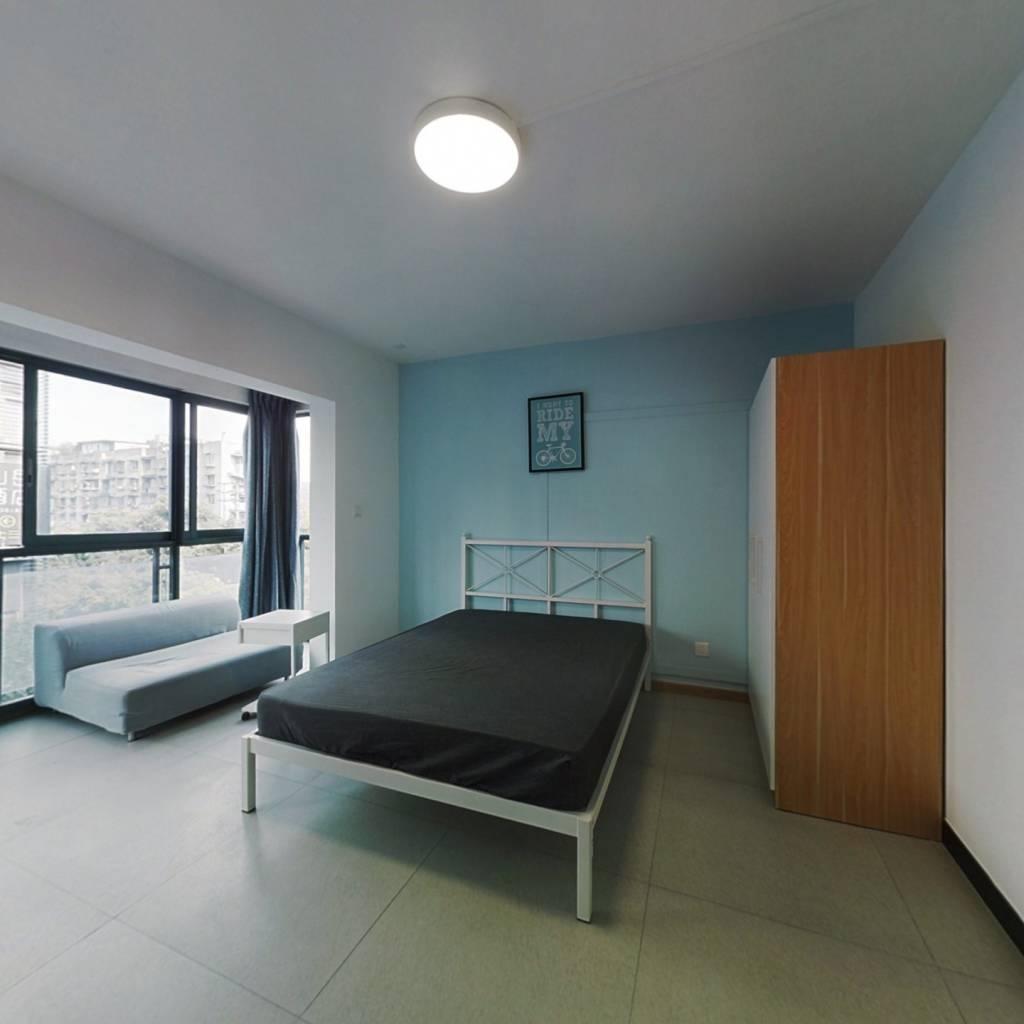 合租·水漪袅铜 4室1厅 北卧室图