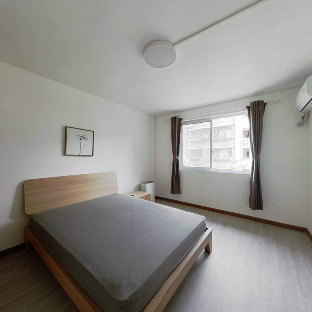 整租·益华小区 2室1厅 南卧室图