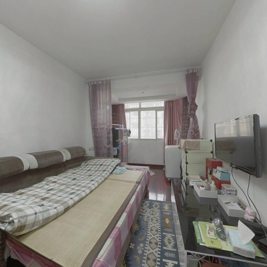 丹凤社区 2室1厅 170万