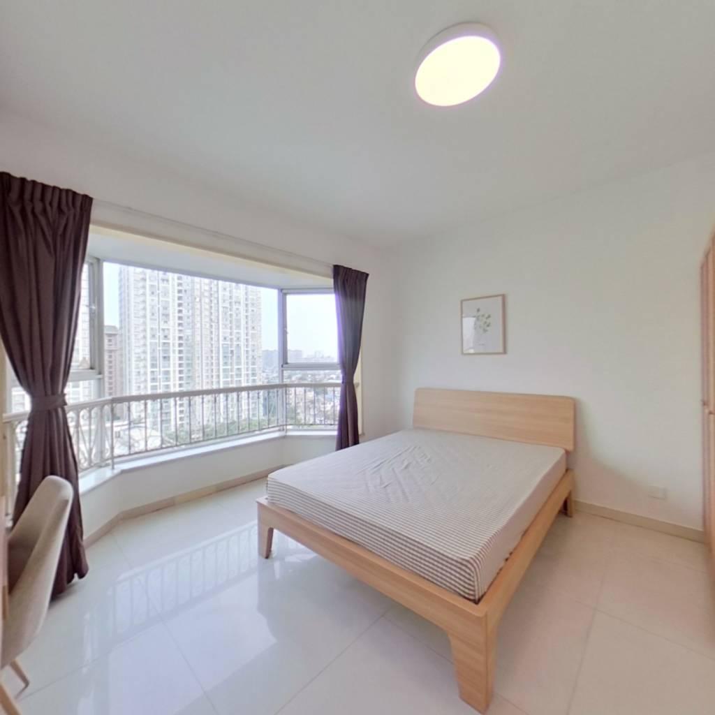 合租·绿杨新邨 4室1厅 东南卧室图
