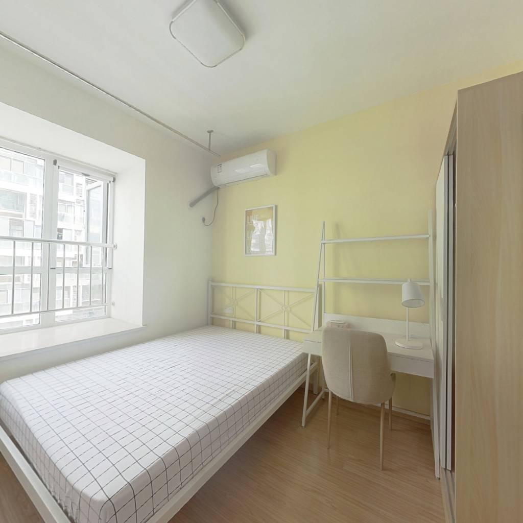 合租·宝安璞园二期 5室1厅 南卧室图