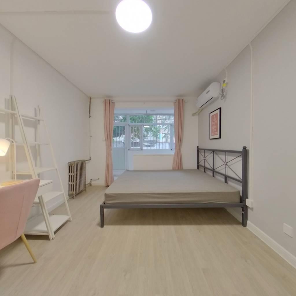 合租·烟厂宿舍 2室1厅 南卧室图