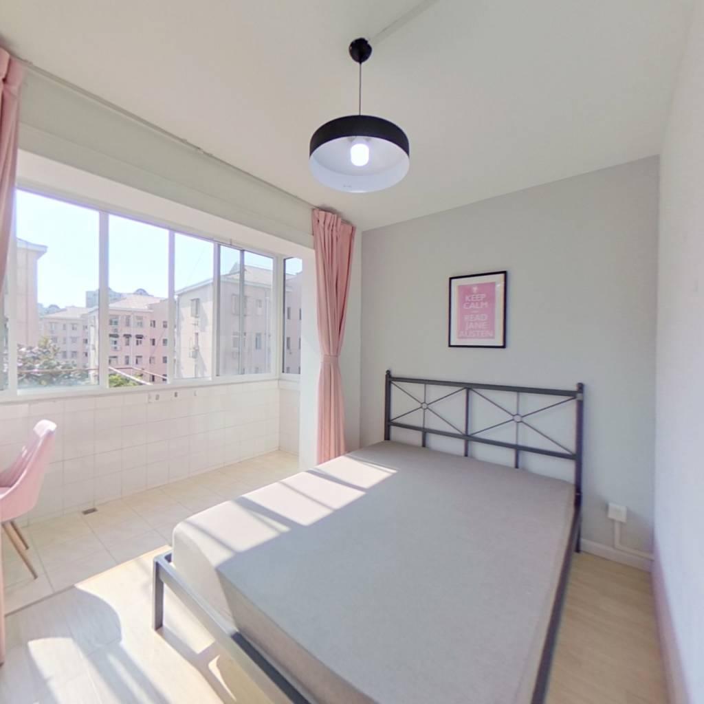 合租·香山新村东南街坊 3室1厅 西卧室图