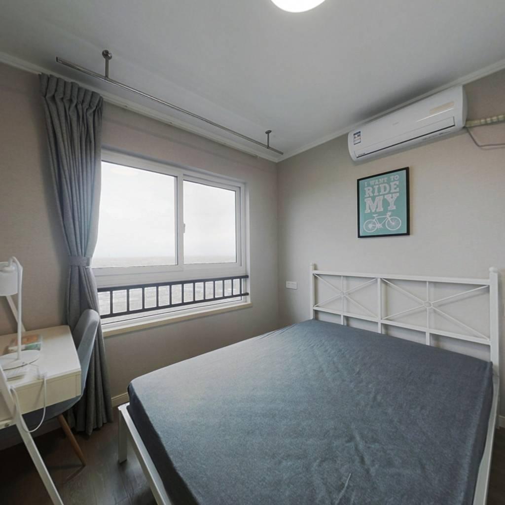 合租·万科未来城三期梦溪里 4室1厅 南卧室图