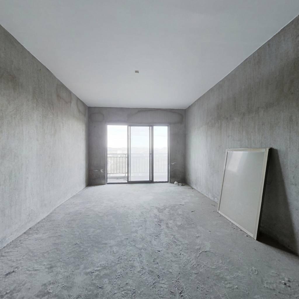 南昌市英雄经济开发区英雄大道  领秀公馆公寓