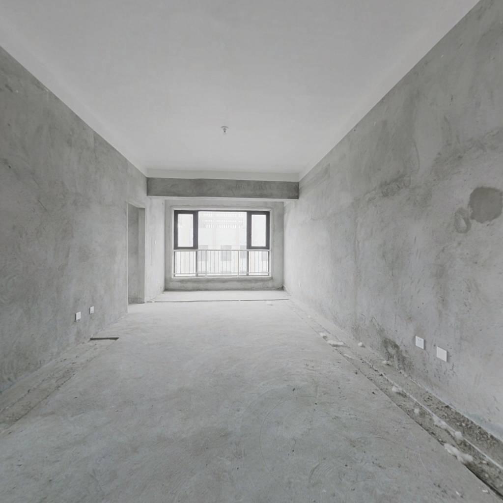 中弘卓越城D区 2室1厅 西南