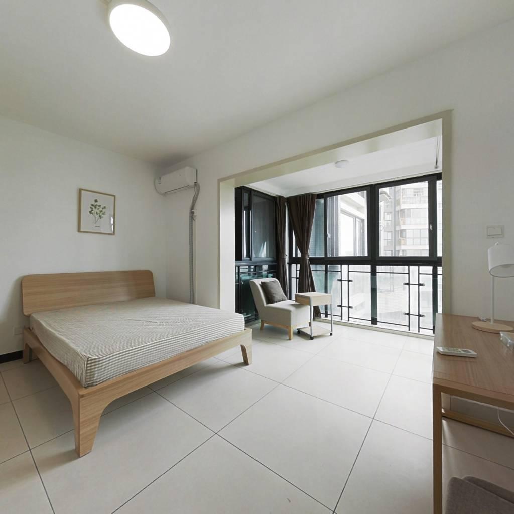 合租·浅水半岛二期 4室1厅 北卧室图
