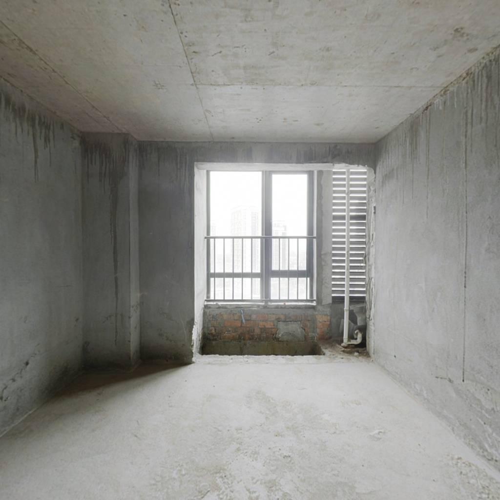闽侯县甘蔗街道时代广场33.91平方 毛坯 复式楼