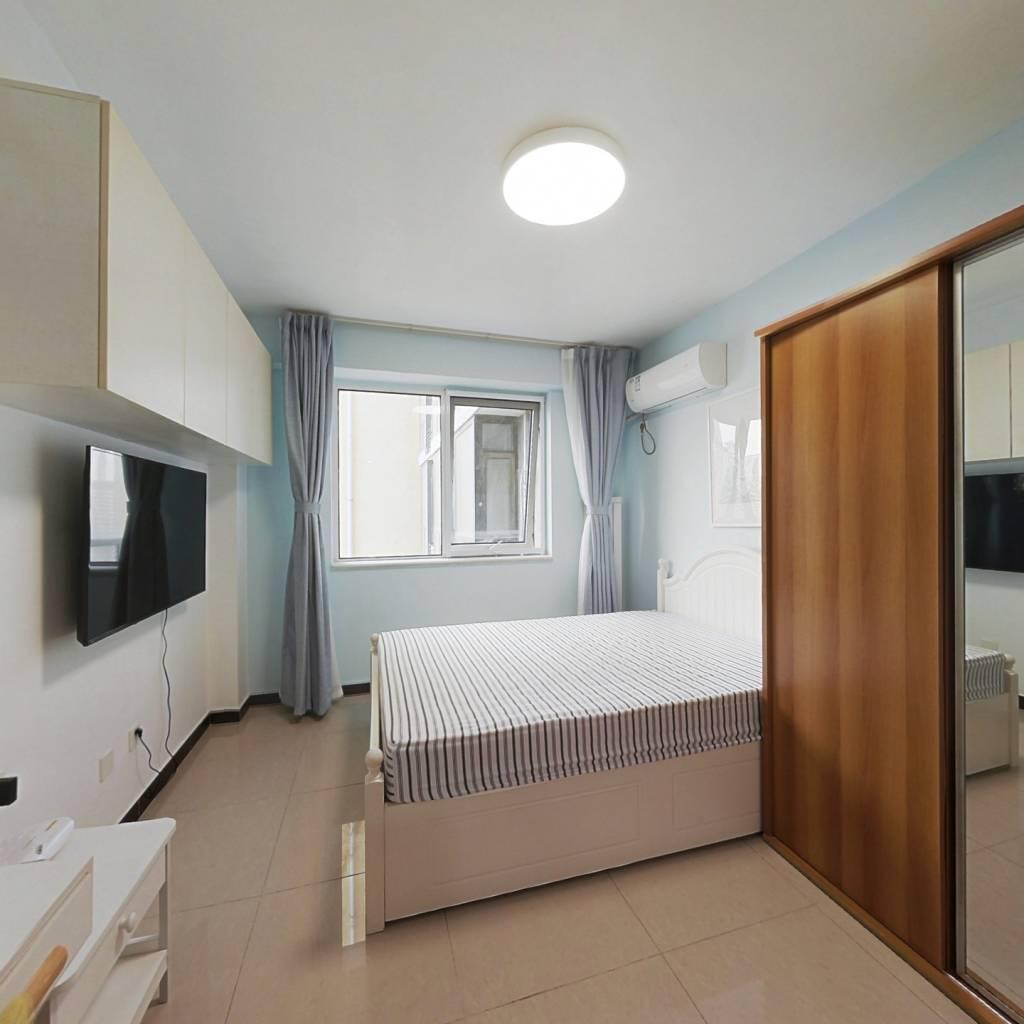 整租·gogo新世代 1室1厅 南卧室图