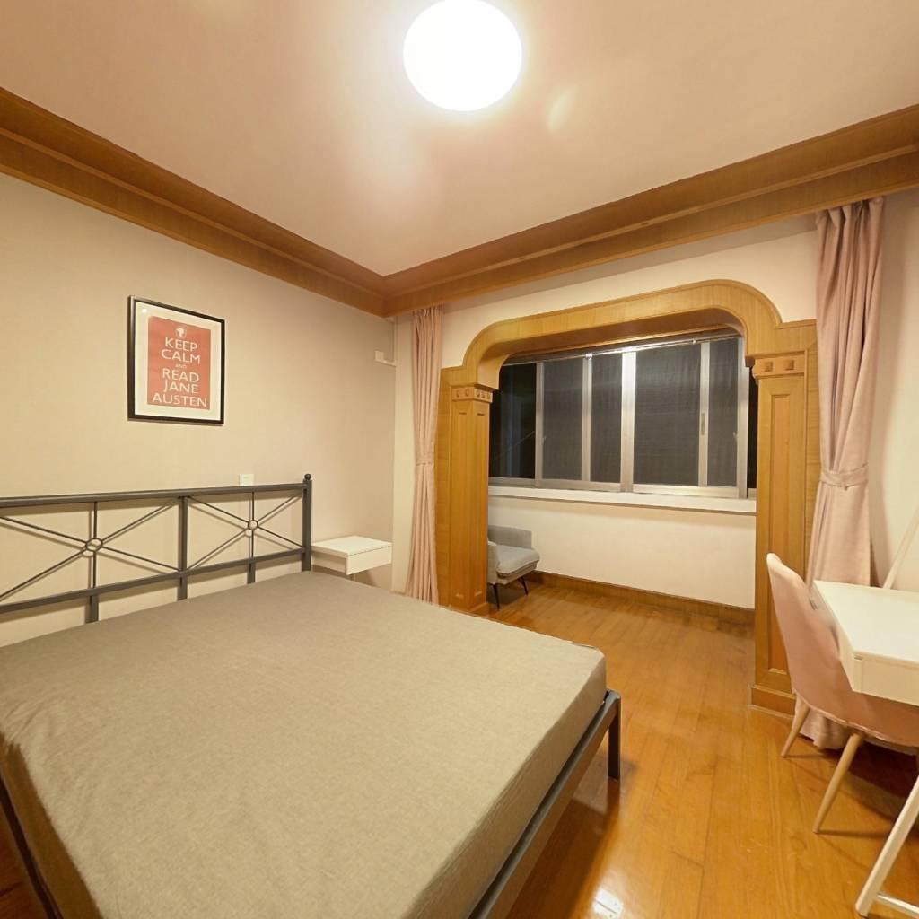 合租·丽景公寓 3室1厅 北卧室图