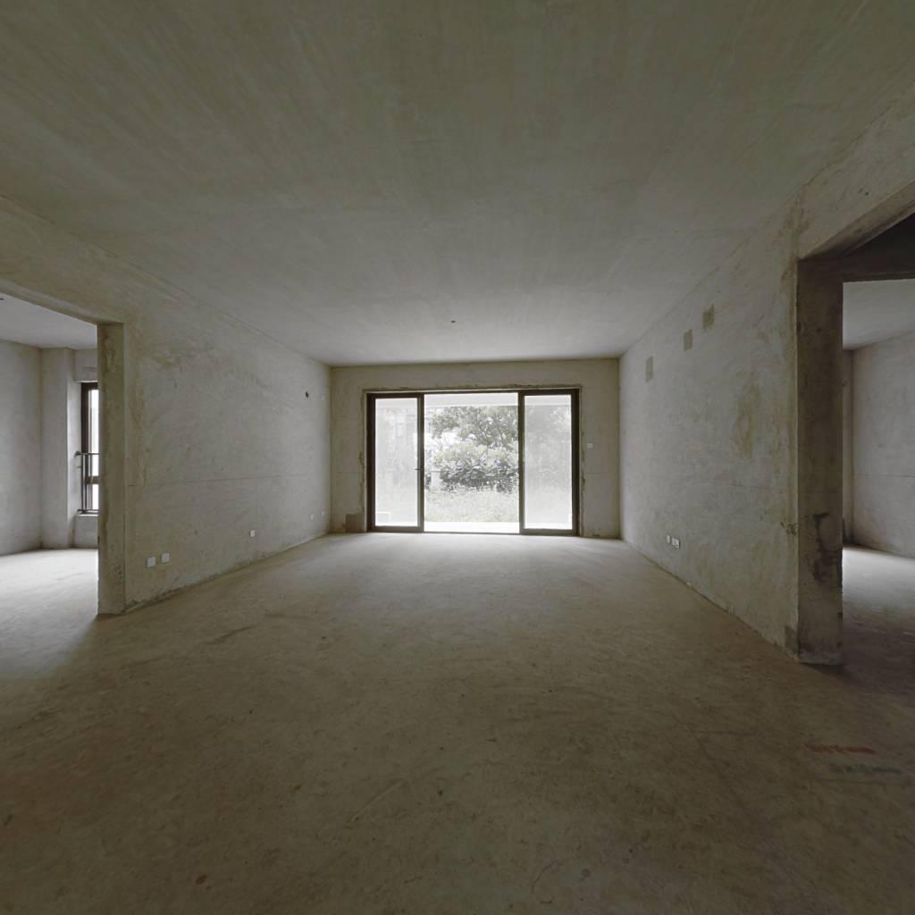 星河山海湾 一楼带花园地下室户型 看房方便