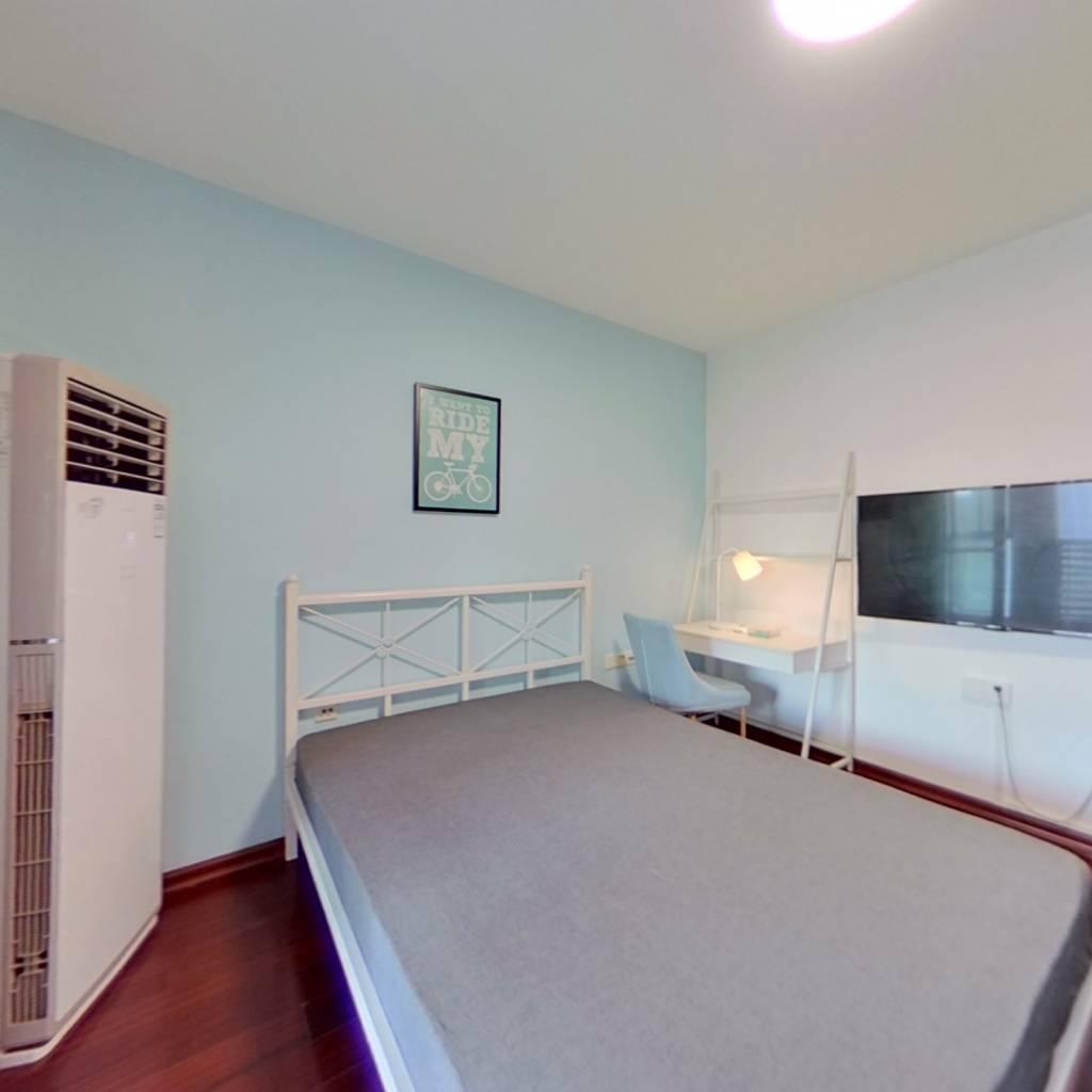 合租·万科金色家园一期 3室1厅 北卧室图