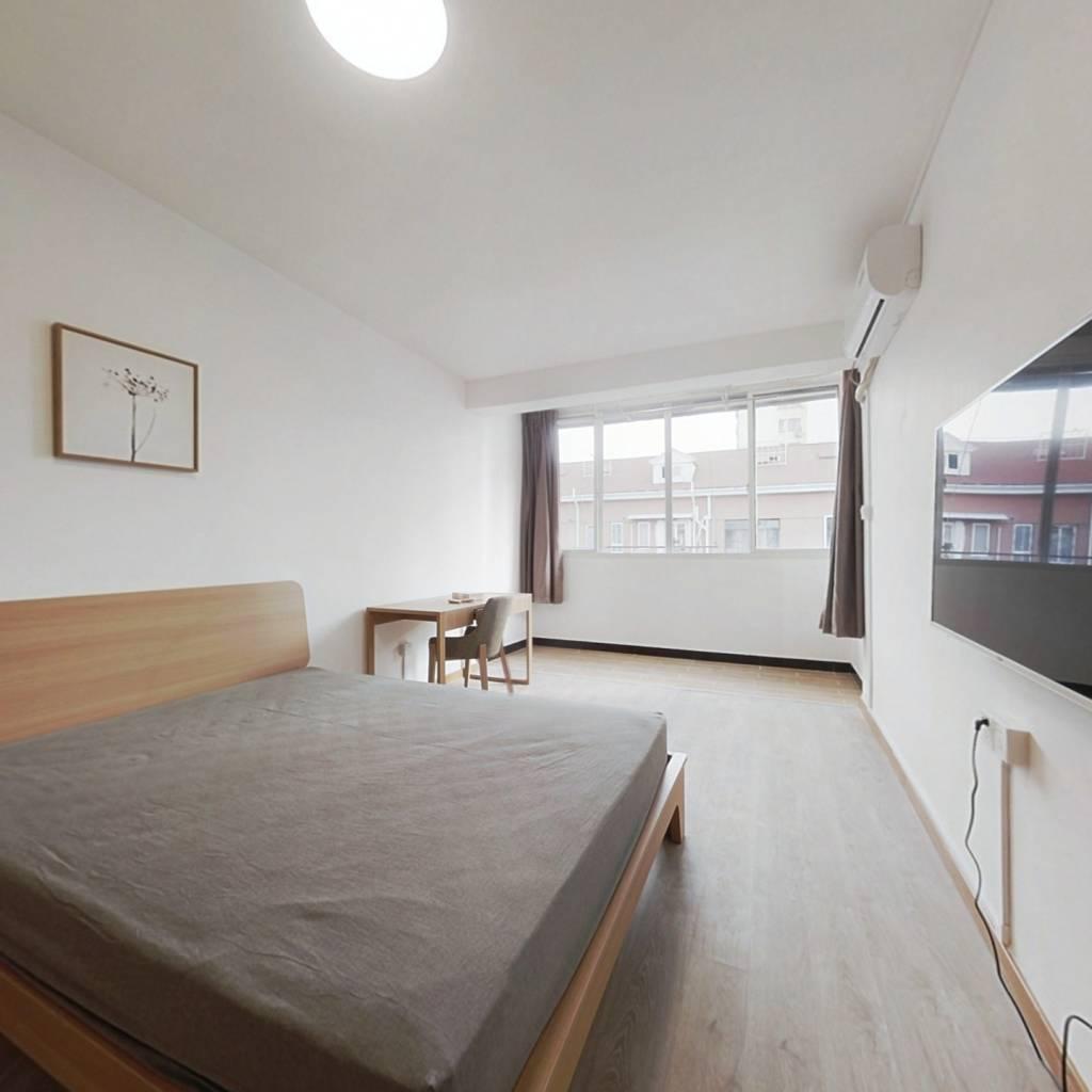 整租·漕溪三村 1室1厅 南卧室图