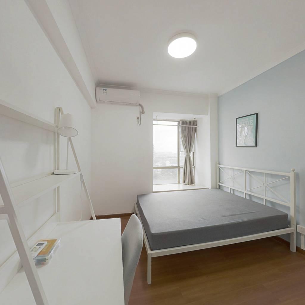 合租·纵横缤城 4室1厅 东卧室图