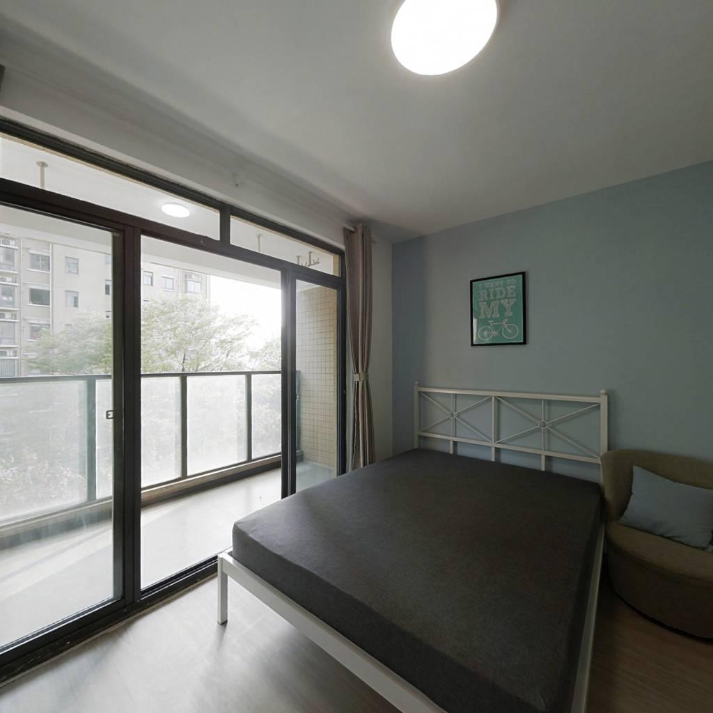 合租·上大阳光乾和园 3室1厅 南卧室图