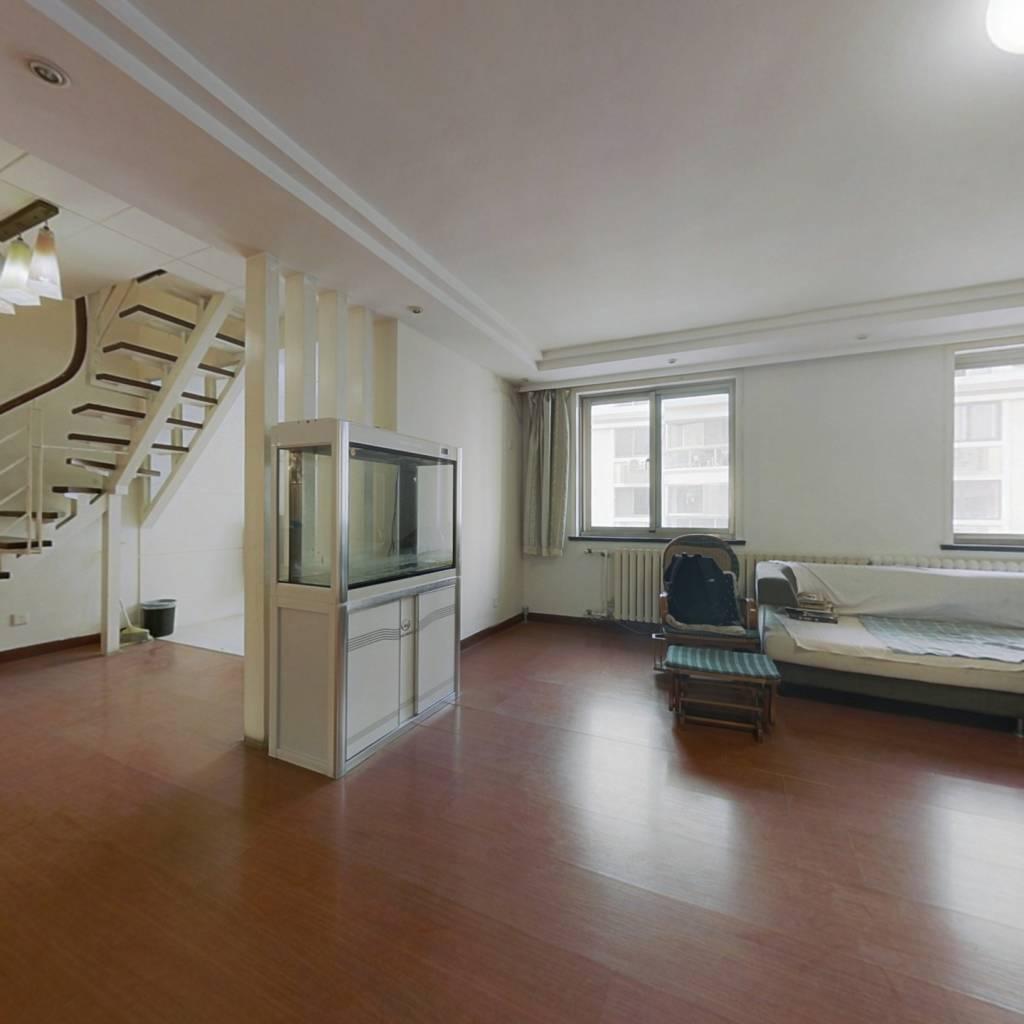 本房已安装电梯 锦园南区顶加阁得房率高 适合多口之家