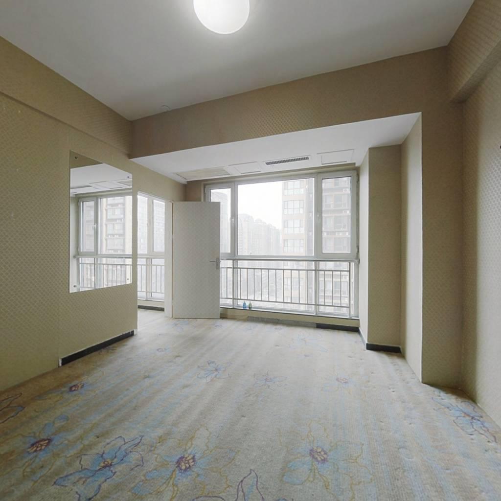 官鲤公寓 1室1厅 北