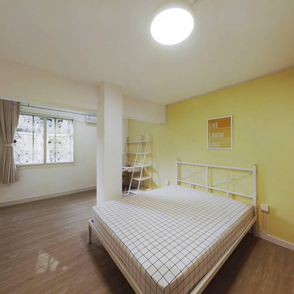 合租·徐家汇花园 5室1厅 北卧室图