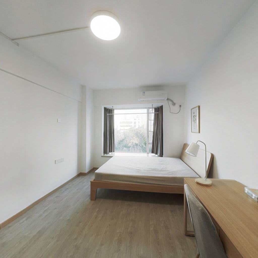 合租·金豪嘉苑 4室1厅 南卧室图