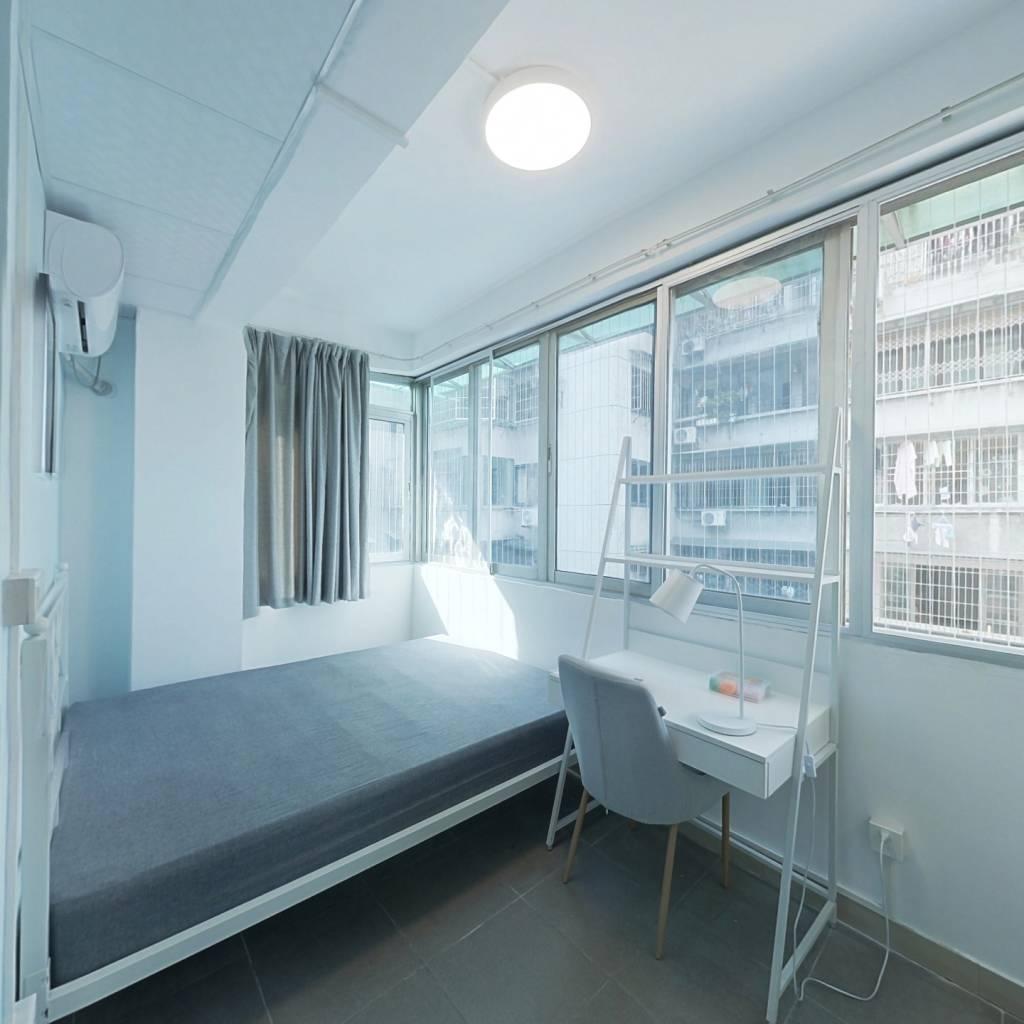 合租·周门小区石路基 2室1厅 西卧室图