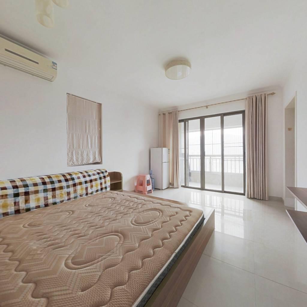 惠东国际新城 1室1厅 东南
