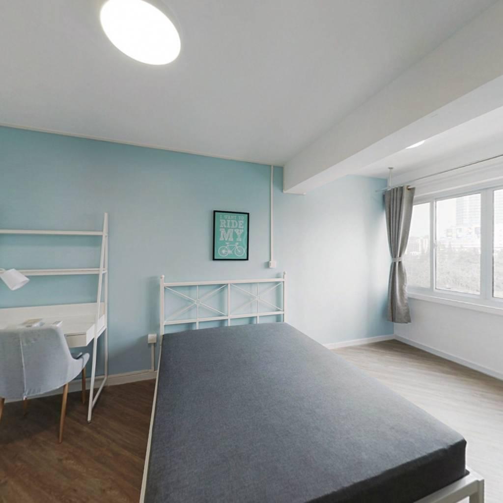合租·田林体育公寓 4室1厅 南卧室图