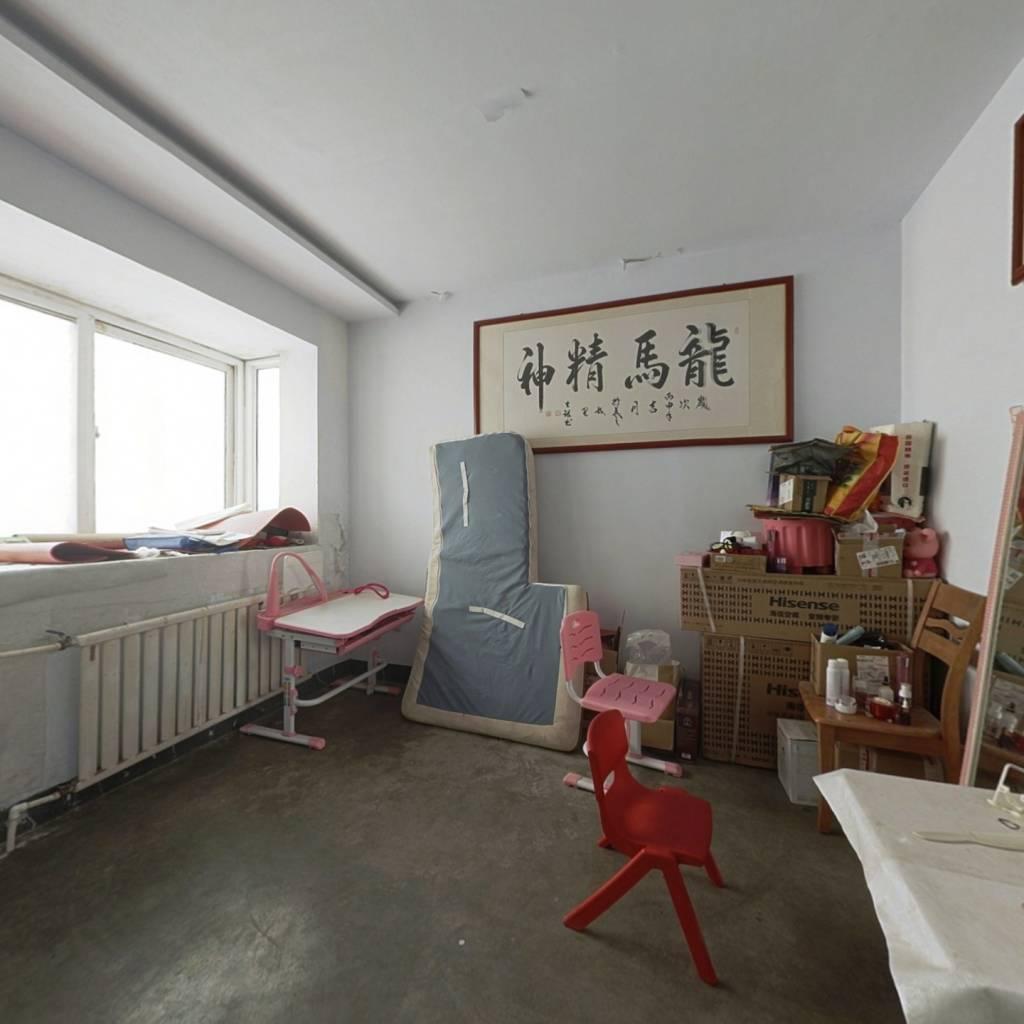 旭洋阳光花园,两室一厅一厨一卫,简装,业主自住
