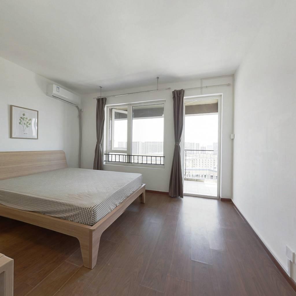合租·坤和西溪里 4室1厅 北卧室图