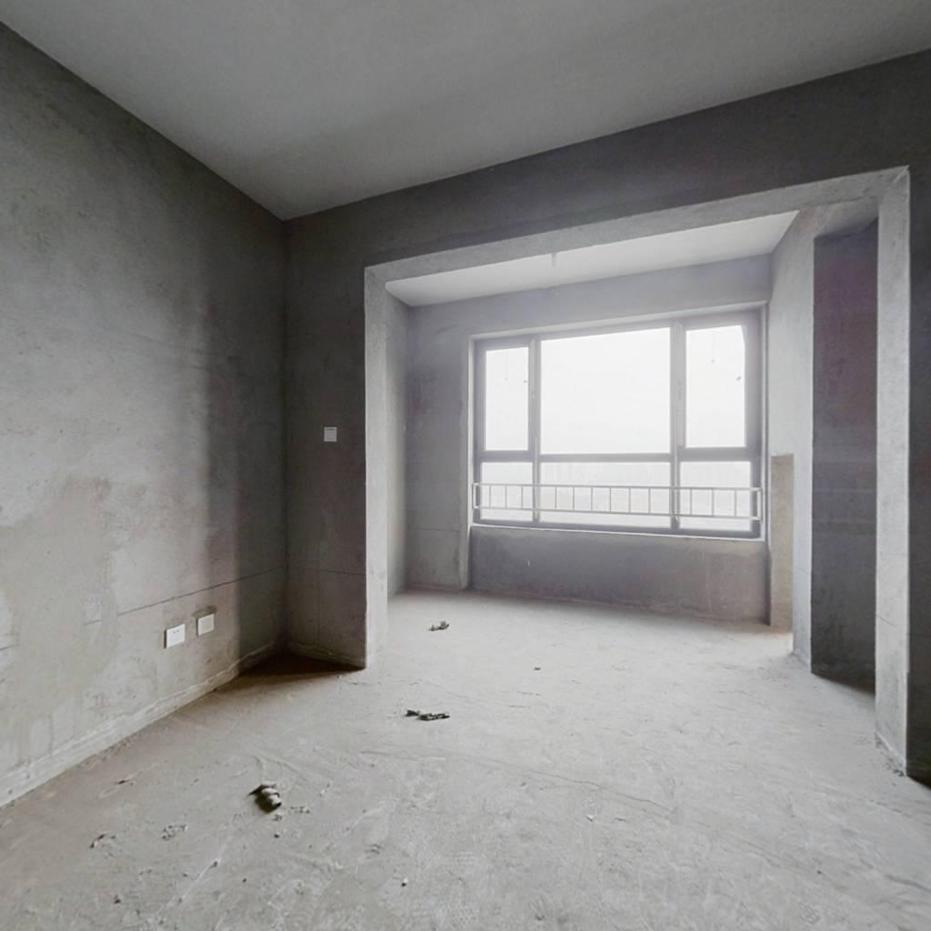 兰田首 府 龙湖大街与太榆路口 电梯景观层 满二年两居