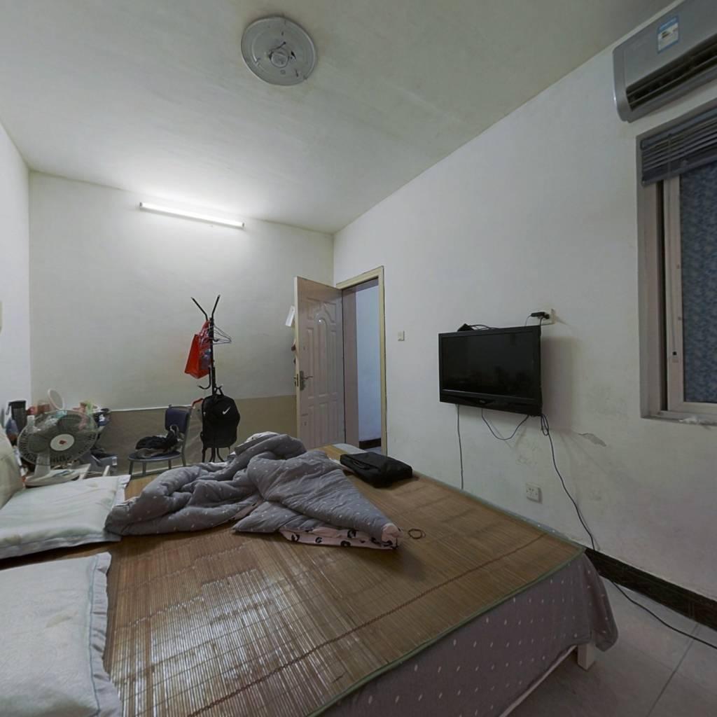 开元路锦璨家园 一房 满五唯一 业主诚心出售