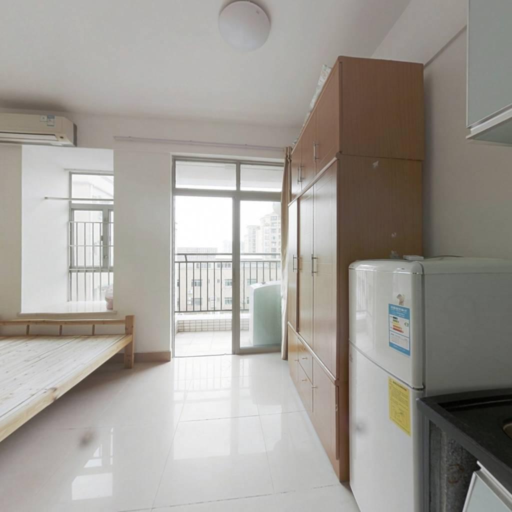 住宅性质公寓可入户,满两年税费少,楼层好总价低。