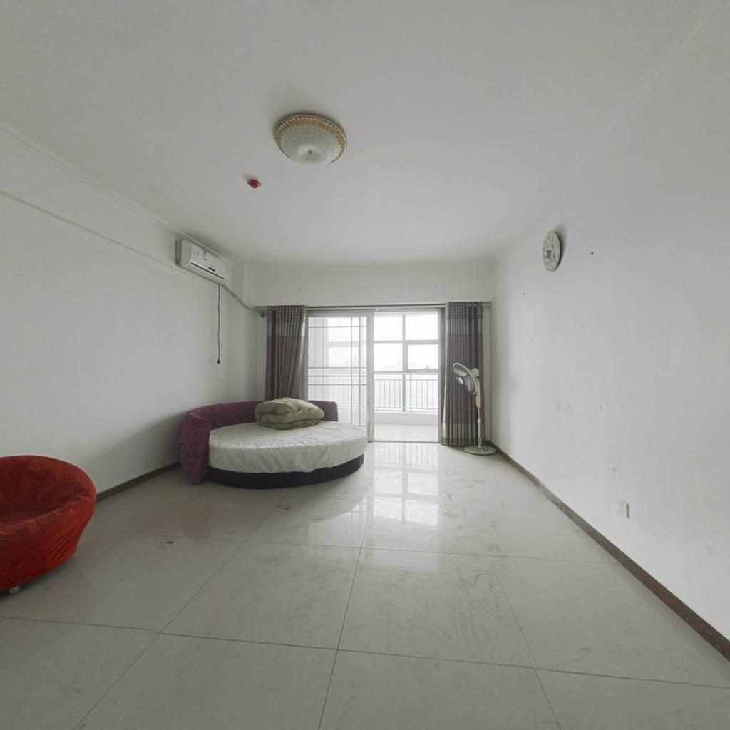 台湾城公寓,上班,自住都很方便,配套齐全