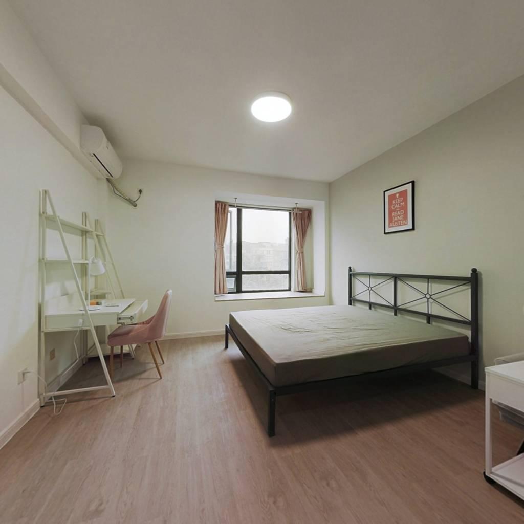 合租·新界三期 4室1厅 南卧室图