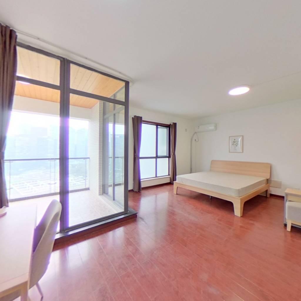 合租·英郡一期 4室1厅 西卧室图