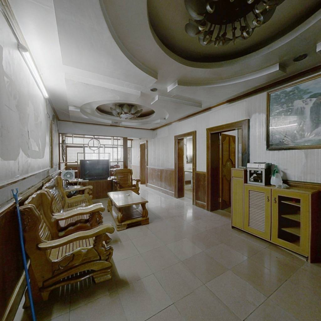 北大公寓 3室2厅 南