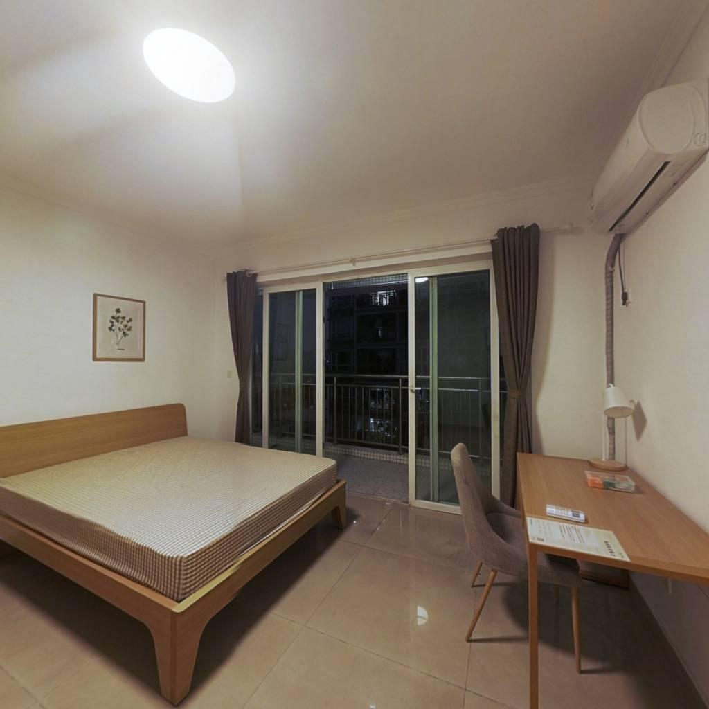 合租·众冠西郡园 5室1厅 南卧室图
