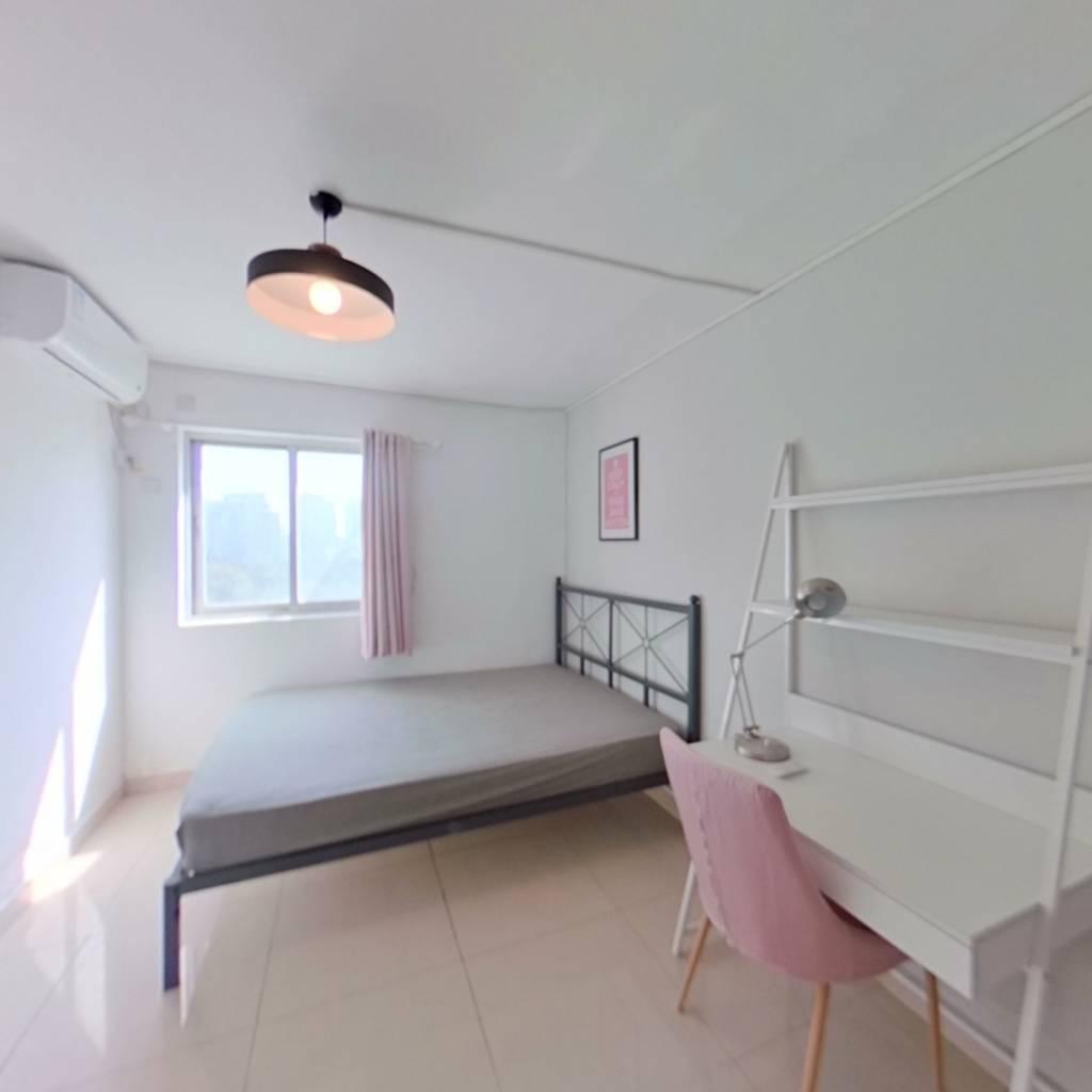 合租·深南花园 3室1厅 东南卧室图