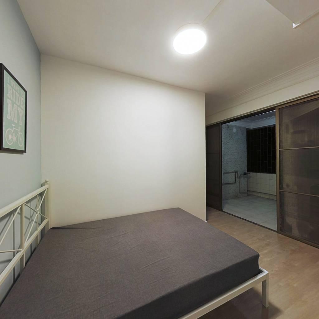 合租·德荣小区 6室1厅 南卧室图