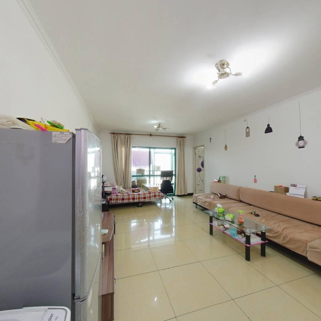力天嘉苑电梯房两居室,满五唯一距离地铁昌平站800米