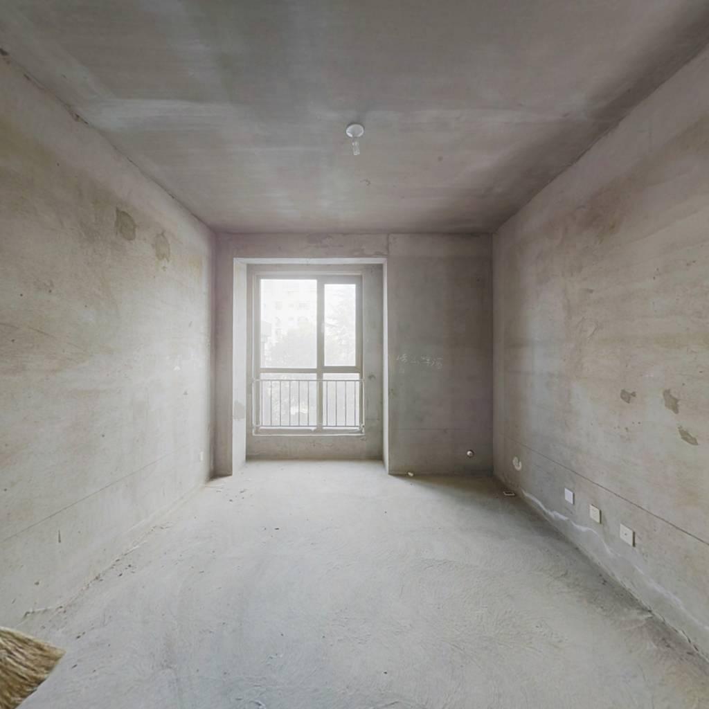 南山庄园华庭一室一厅毛坯房步梯2楼 适合老人养老