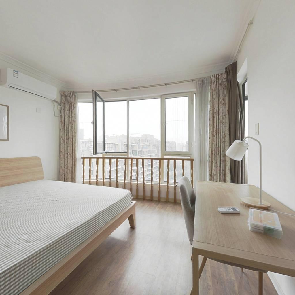 合租·天阳美林湾 4室1厅 北卧室图
